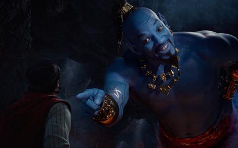 Aladdin:-Will-Smith-se-tine-de-azul-en-el-nuevo-trailer