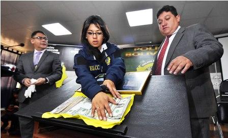 $us-30-mil-recuperados-por-la-Policia