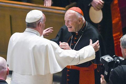El-Vaticano-expulsa-al-excardenal-McCarrick-por-abuso-sexual-a-menores