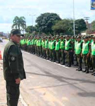 12.000-policias-por-carnaval-en-el-pais