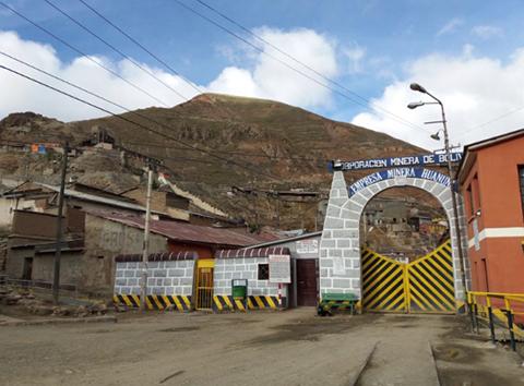 Militares-reforzaran-vigilancia-en-mina-Huanuni-para-evitar-robo-de-mineral