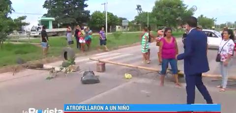 Atropellan-a-un-adolescente-y-vecinos-bloquean-en-el-8vo-Anillo