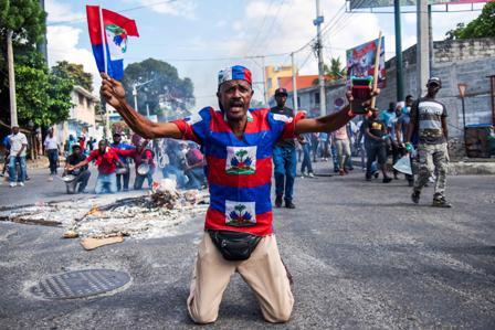 Violenta-protesta-contra-la-corrupcion