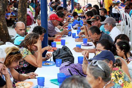 Maduro-rechaza-ayuda-humanitaria-con-un-sistema-de-salud-colapsado-y-gente-con-hambre