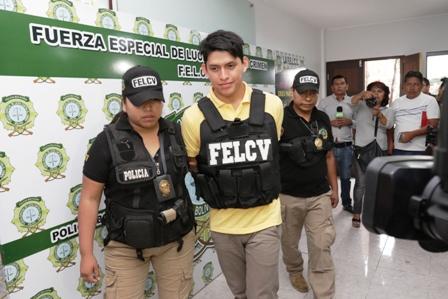 Buscado-por-violacion-grupal-retorna-de-Chile-y-se-entrega