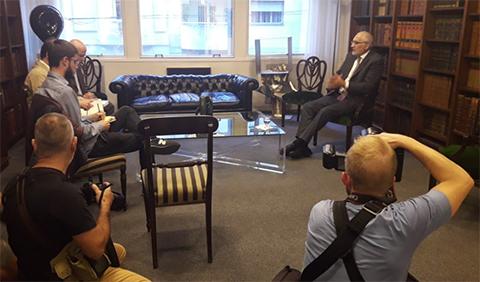 Mesa-arriba-a-Montevideo-para-reunirse-con-ex-presidentes-de-Uruguay