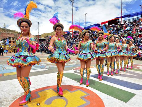 Oruro-se-muestra-al-mundo-con-su-majestuoso-Carnaval