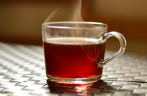 ¿Beber-te-o-cafe-muy-caliente-dobla-el-riesgo-de-padecer-cancer?