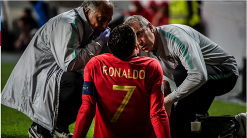 Cristiano-Ronaldo-se-lesiono-en-Portugal-Serbia-y-podria-perderse-los-cuartos-de-final-de-la-Champions-League