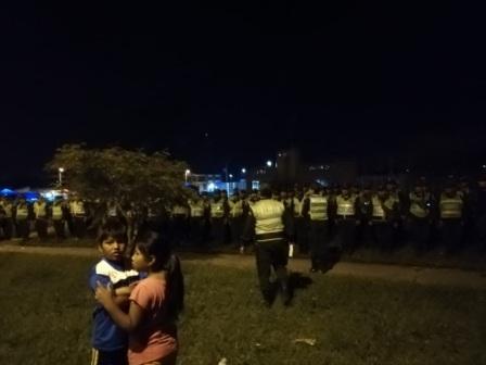 Vecinos-patrullan-y-logran-arrestar-a-65-personas-