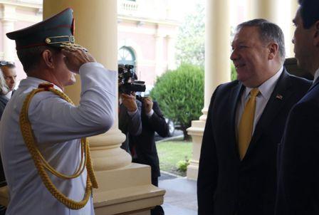 EEUU-sondea-una--invasion--a-Venezuela