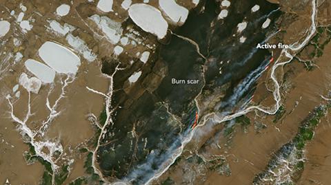 La-NASA-compara-un-continente-de--Juego-de-Tronos--con-un-incendio-forestal-rodeado-de-hielo-en-Rusia-