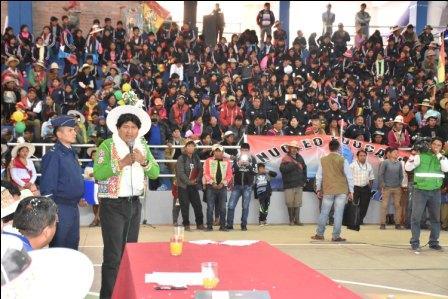 Electoralizan-acto-estatal-en-Tacopaya