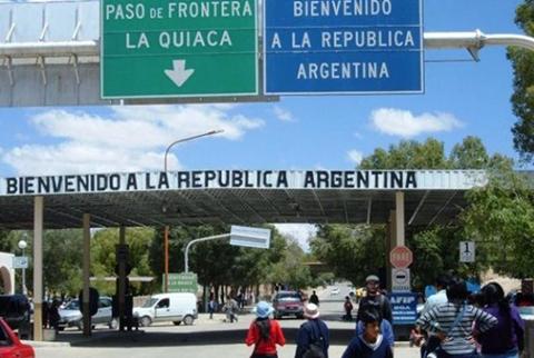 Consulado-de-Bolivia-en-Jujuy-dice-que-cada-vez-mas-bolivianos-regresan-al-pais-por-la-crisis-argentina
