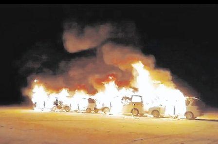 Militares-queman-17-vehiculos--chutos-
