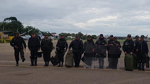 Contingente-policial-llega-a-Santa-Cruz-desde-La-Paz,-Romero-asegura-que-no-son-relevos