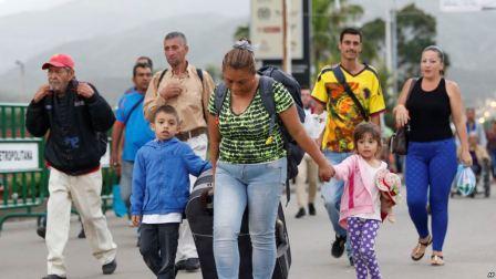 Venezuela,-debaten-sobre-el-exodo-poblacional
