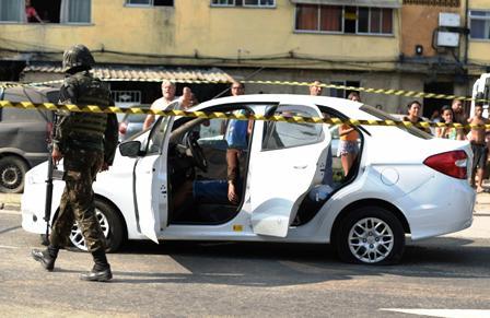 Error-militar,-80-tiros-a-vehiculo-equivocado