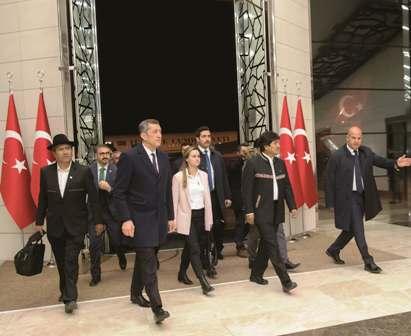 El-presidente-llega-a-Turquia-en-una-inedita-gira-acompanado-de-empresarios-nacionales