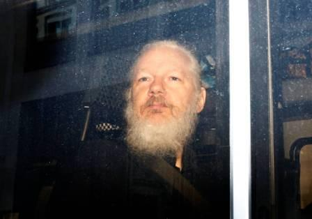 Ecuador-dara-a-EEUU-documentos-de-Assange