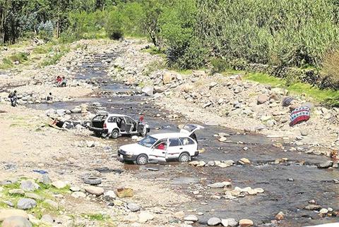 Alcaldia-de-Tarija-procesa-a-empresas-de-transporte-por-contaminar-rios