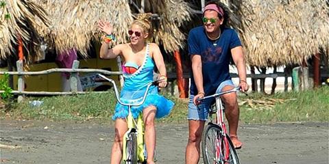 Tribunal:-Shakira-y-Carlos-Vives-no-plagiaron--La-bicicleta-