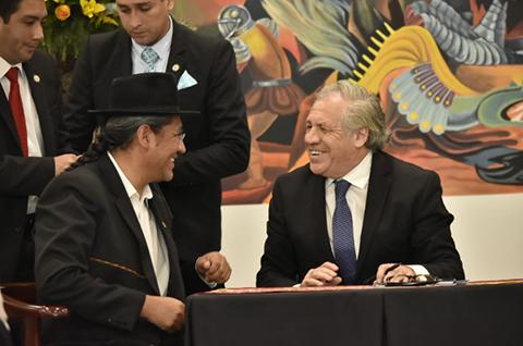 Bolivia-y-OEA-firman-acuerdo-que-garantiza-trabajo-de-mision-de-observacion-para-comicios-de-octubre