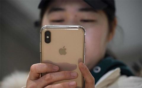 Miles-de-chinos-abandonan-sus-iPhones-por-dispositivos-de-Huawei-