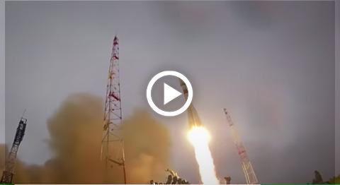 Un-rayo-golpea-un-cohete-ruso-Soyuz-segundos-despues-de-su-despegue