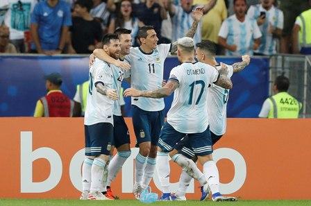 Argentina-avanza-y-se-cita-con-Brasil