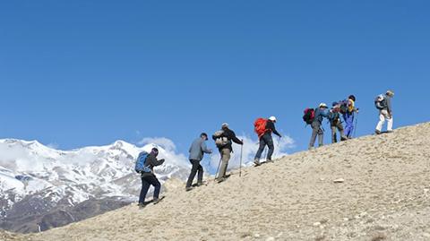 Avistan-cinco-cuerpos-durante-la-busqueda-de-los-alpinistas-desaparecidos-en-el-Himalaya