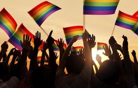 Eliminan-restriccion-a-la-poblacion-LGBTI-para-donar-sangre