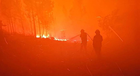 Portugal-lucha-contra-el-incendio-mas-complicado-del-verano