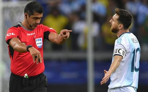 Sancion-a-Messi:-un-partido-de-suspension-y-multa-de-$us-1.500-