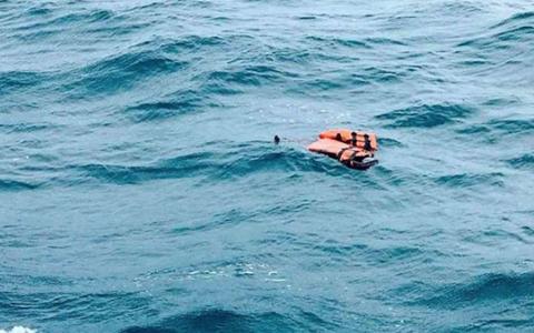 Mas-de-80-desaparecidos-en-naufragio