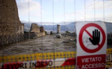 Pompeya-todavia-alberga-10-bombas-de-la-II-Guerra-Mundial