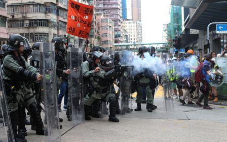 Incidentes-en-masiva-manifestacion