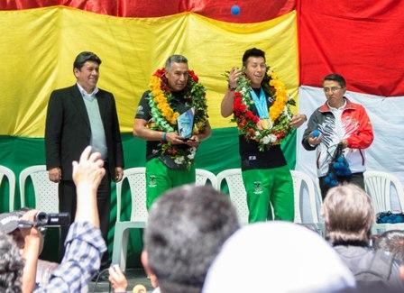 Raquetbol-de-oro,-ya-se-encuentran-en-Bolivia