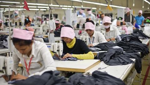 Rige-nuevo-reglamento-para-importaciones-de-cuero,-textiles-y-muebles-