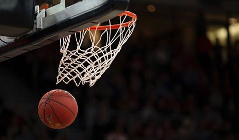 Arrestan-a-entrenador-de-baloncesto-juvenil-por-delitos-sexuales