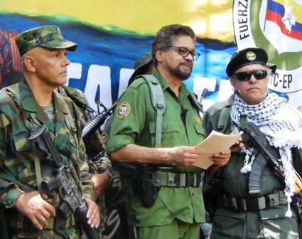 Un-desafio-a-la-paz-ExFARC-anuncian-retoma-de-armas