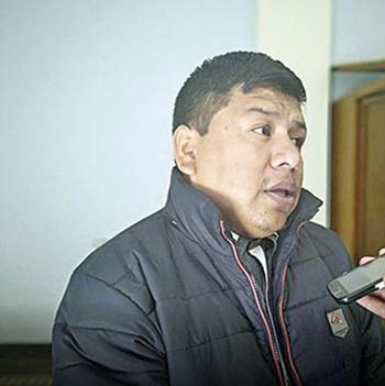 Alcalde-de-Villa-Abedial-renuncia-para-dedicarse-a-su-iglesia