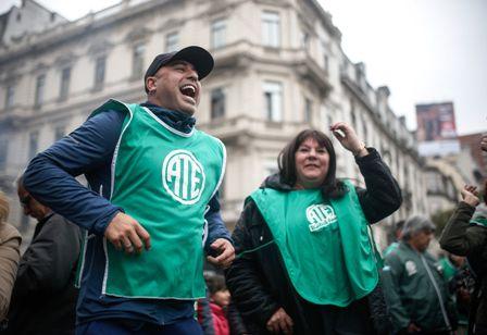 Protestas-se-multiplican-en-Buenos-Aires