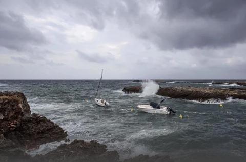 Un-huracan-mediterraneo-podria-alcanzar-la-costa-espanola-