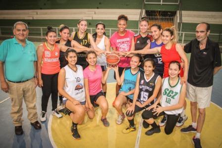 Spurs-SCZ-Con-equipo-completo
