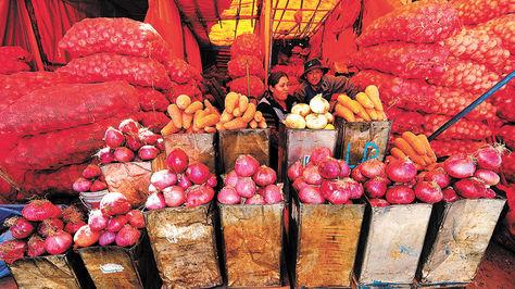 Gobierno-suspende-permiso-de-importacion-de-hortalizas-de-Peru