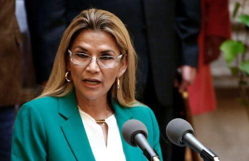 Jeanine-Ánez-oficializa-su-candidatura-a-la-presidencia