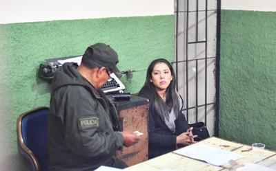 Aprehenden-a-Patricia-Hermosa,-exjefa-del-gabinete-de-Evo