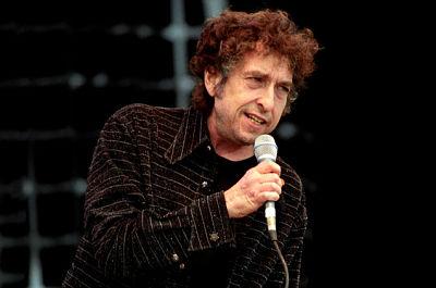 Bob-Dylan-revelo-el-origen-de-su-nombre-artistico-y-derribo-un-mito