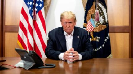 Trump-emitio-su-voto-anticipado-en-Florida